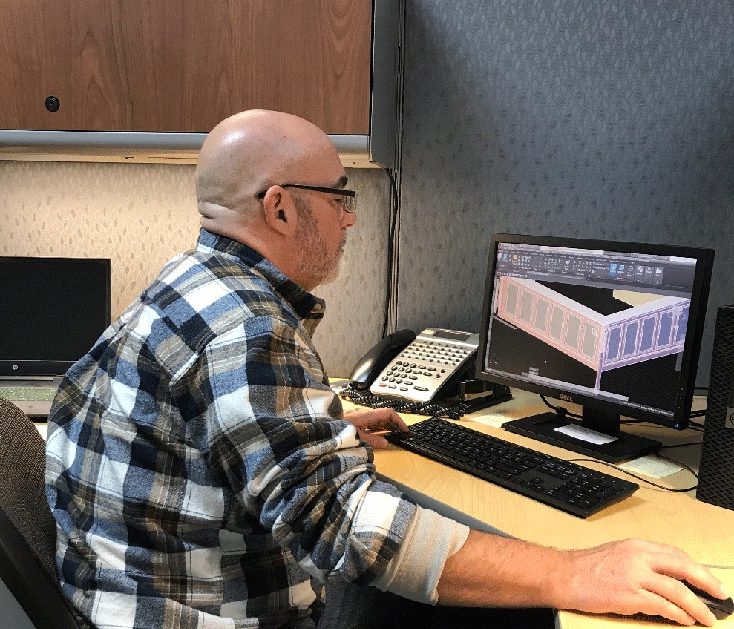Man working at an computer
